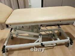 Hydraulic Physiotherapy Massage Table Bed Beauty Salon Tattoo Couch
